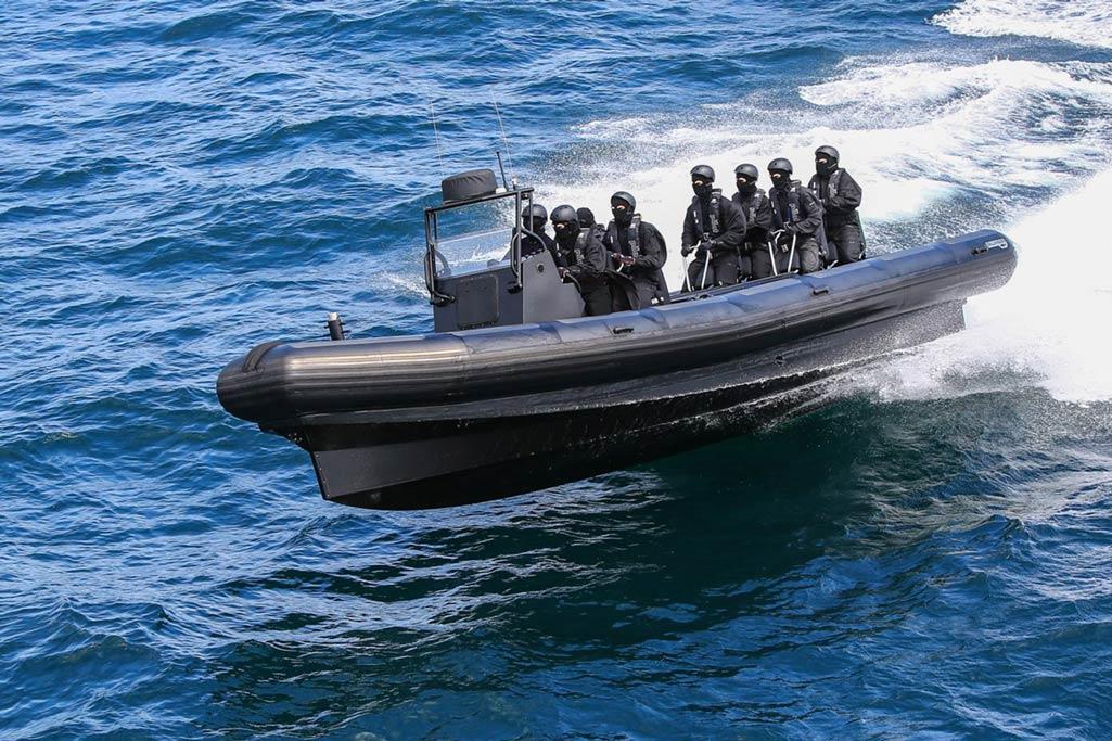 La gamme Rafale, conçue et imaginée par Sillinger est une gamme de bateaux pour les professionnels des forces armées.