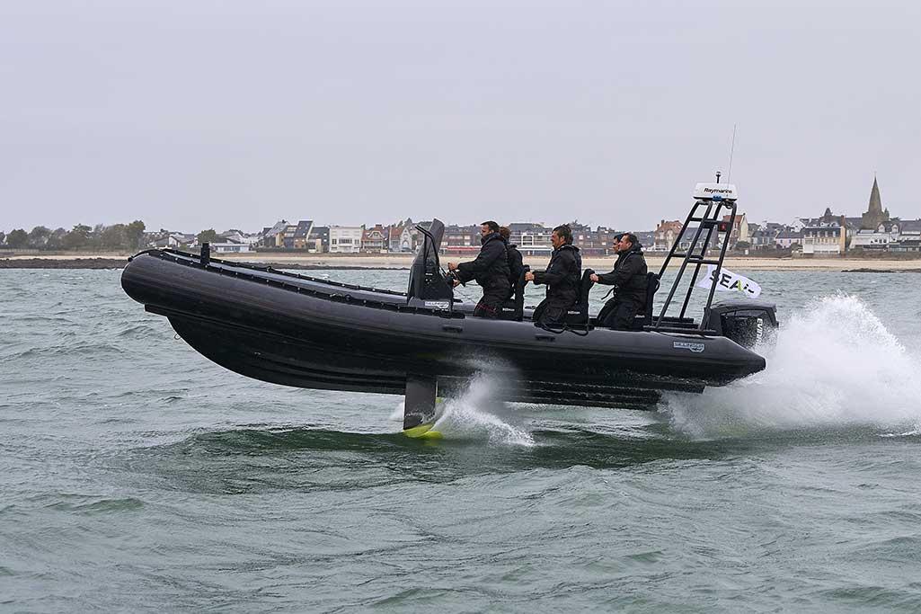 Les bateaux volants AIRSHARK mis au point par Sillinger.