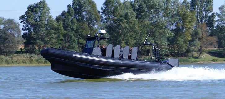 La gamme Rafale de Sillinger est conçu pour les forces de l'armée et leur intervention en mer.