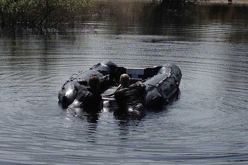 Pour les forces spéciales et armée, Sillinger a développé la gamme de bateaux pliables à déploiement rapide.